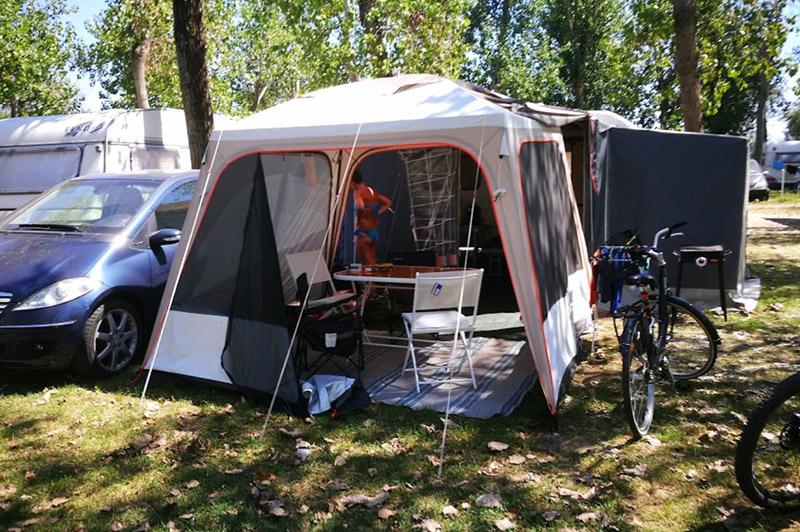 piazzole-per-tende-campeggio-falconerea